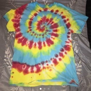 primary color tie dye t-shirt!